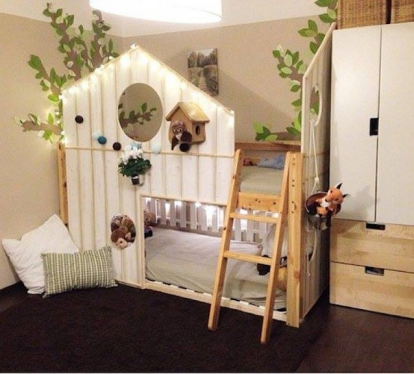 kids bed houses out of pallets wood pallet furniture projects. Black Bedroom Furniture Sets. Home Design Ideas