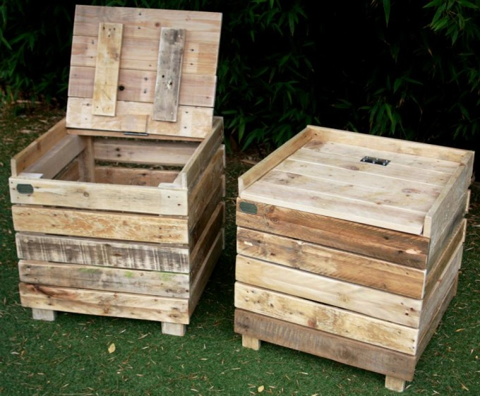 Reclaimed pallet wood storage benches pallet furniture for Pallet wood storage box