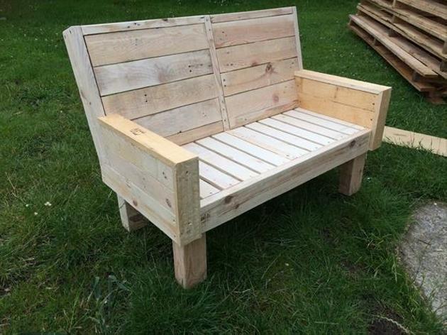 Pallet garden bench ideas pallet furniture projects - Garden wood benches ideas ...