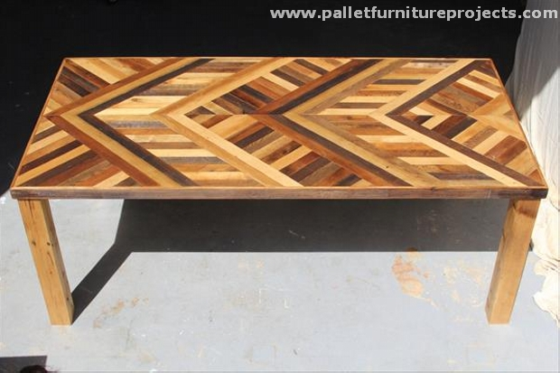 Pallet Chevron Table Ideas Pallet Furniture Projects : Recycled Pallet Chevron Coffee Table from www.palletfurnitureprojects.com size 620 x 413 jpeg 36kB