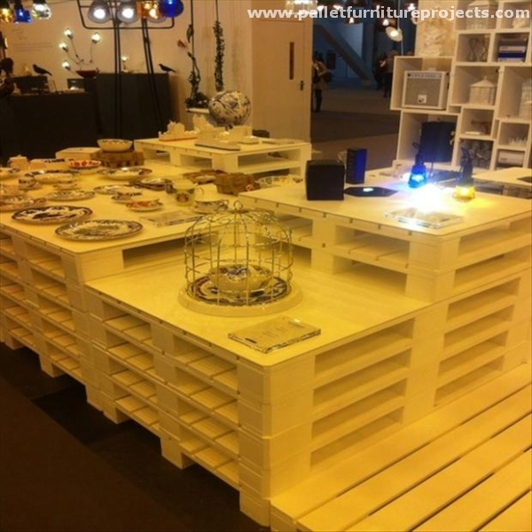 Kitchen Designs Made From Palletts
