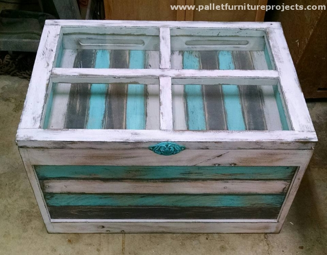 oak pallet coffee table