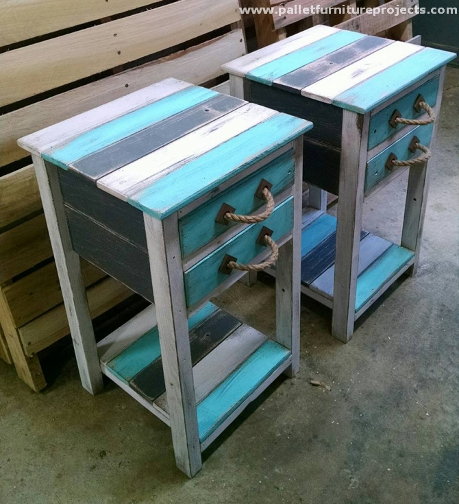 Oak pallet coffee and end tables pallet furniture projects for Pallet end table