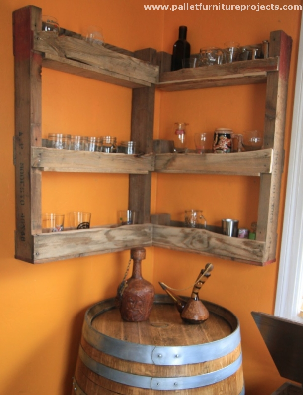 Pallet Corner Shelf Ideas | Pallet Furniture Projects.