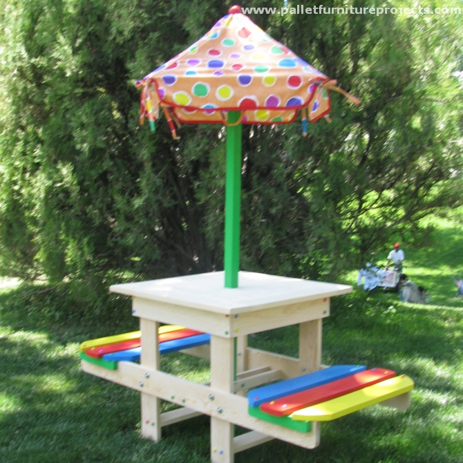 Pallet Picnic Table Projects Pallet Furniture Projects