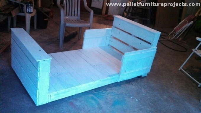 Pallet Toddler Bed Ideas Pallet Furniture Projects