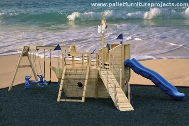 Kids fun with pallet playhouse pallet furniture projects for Pallet boat plans