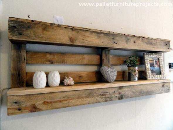 Shelves made with wood pallets pallet furniture projects for Reclaimed pallet wood projects