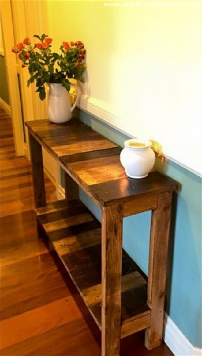 Cute Pallet Hallway Table