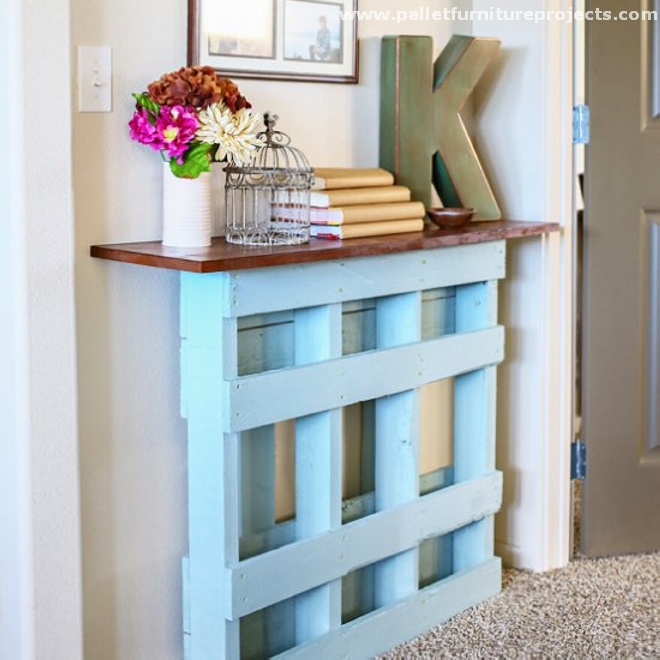 Pallet hallway table ideas pallet furniture projects - Idee deco avec palette ...