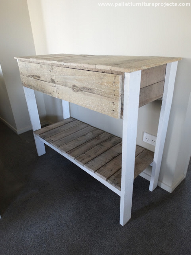 Pallet hallway table ideas pallet furniture projects Wooden hallway furniture
