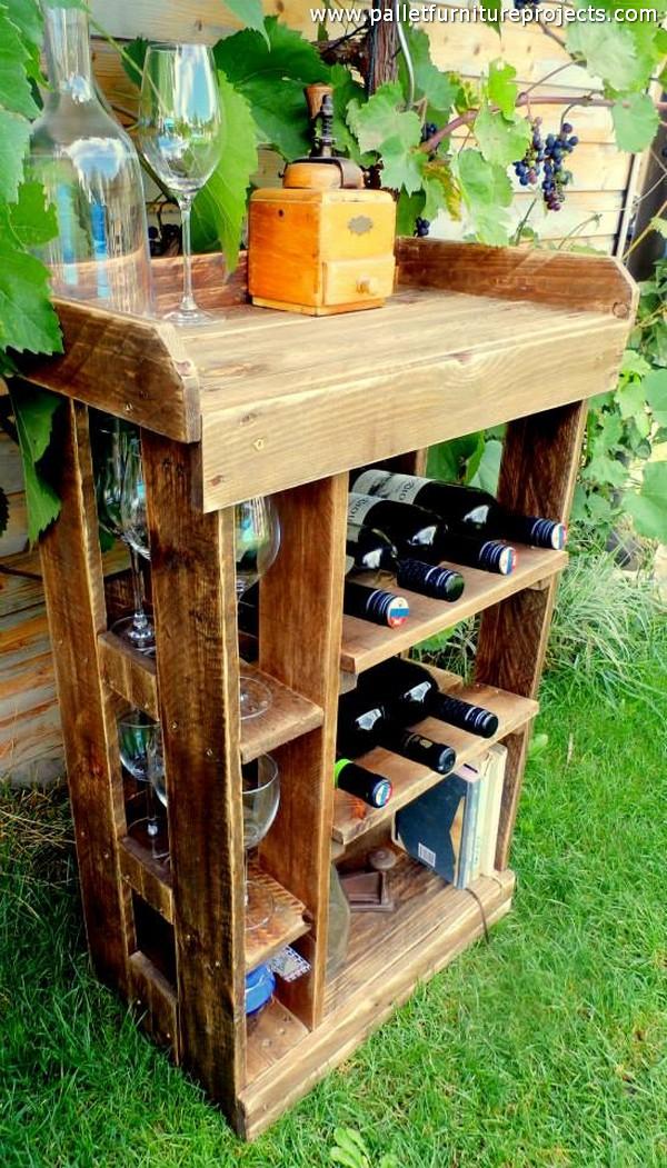 Pallet Bar For Garden