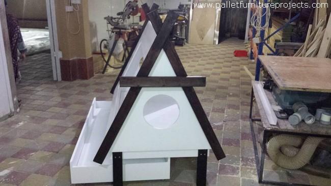 Pallet Teepee Bed Idea