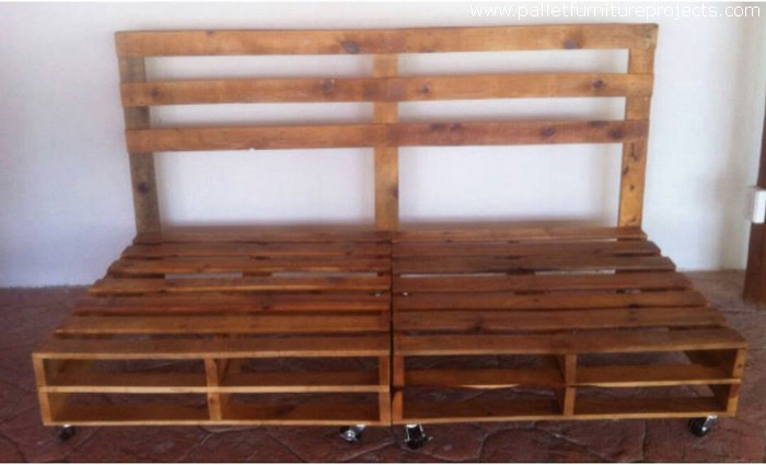 reused wood pallet couch