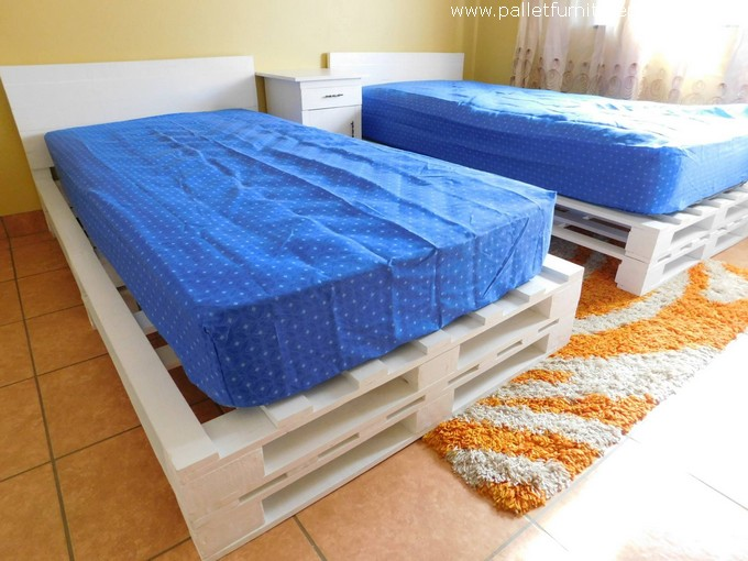 Pallet Single Bed With Side Table