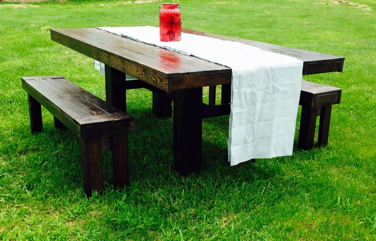 recycled pallet farm furniture