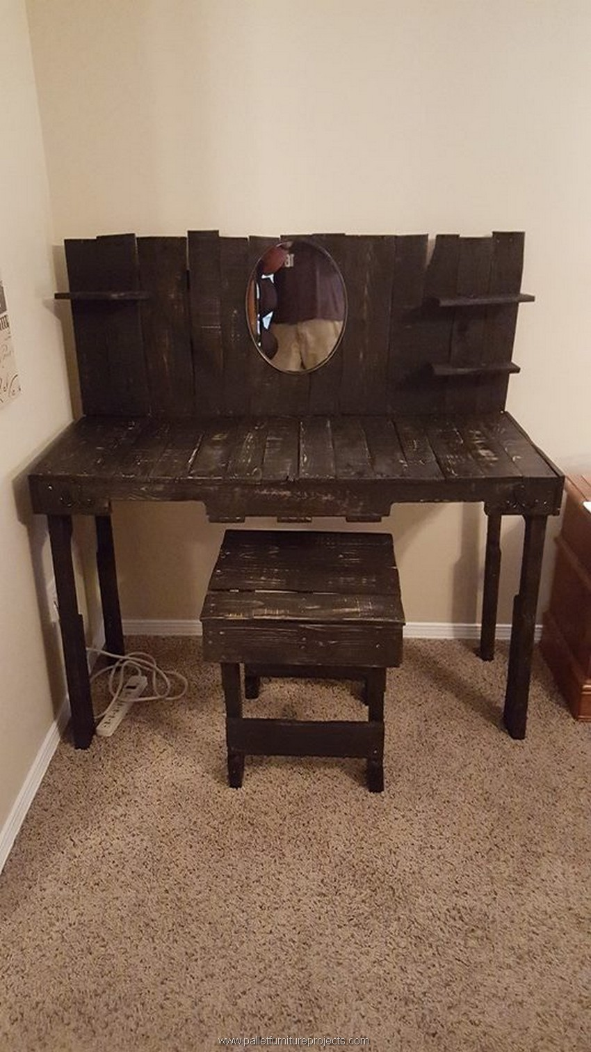 Wooden Pallet Vanity Pallet Furniture Projects