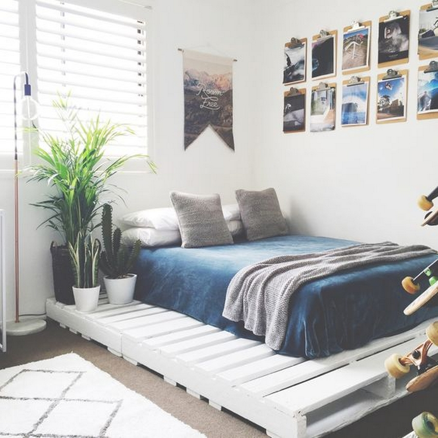 wooden pallet bed plan