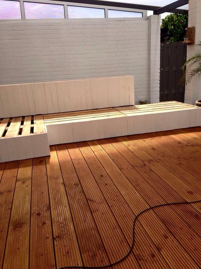 diy pallet deck couch
