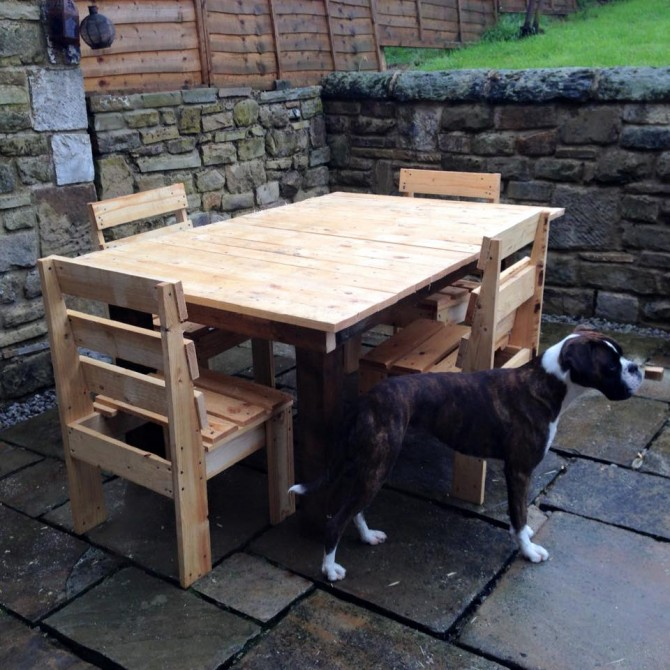 DIY Pallet Wooden Outdoor Furniture