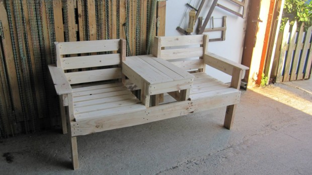 Admirable Double Seat Pallet Wood Chairs Pallet Furniture Projects Customarchery Wood Chair Design Ideas Customarcherynet