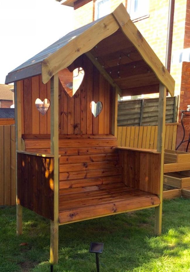Pallet Wooden Garden Gazebo Bench | Pallet Furniture Projects