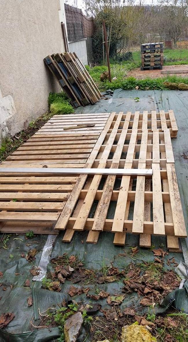 Diy Patio Pallet Deck With Furniture Pallet Furniture
