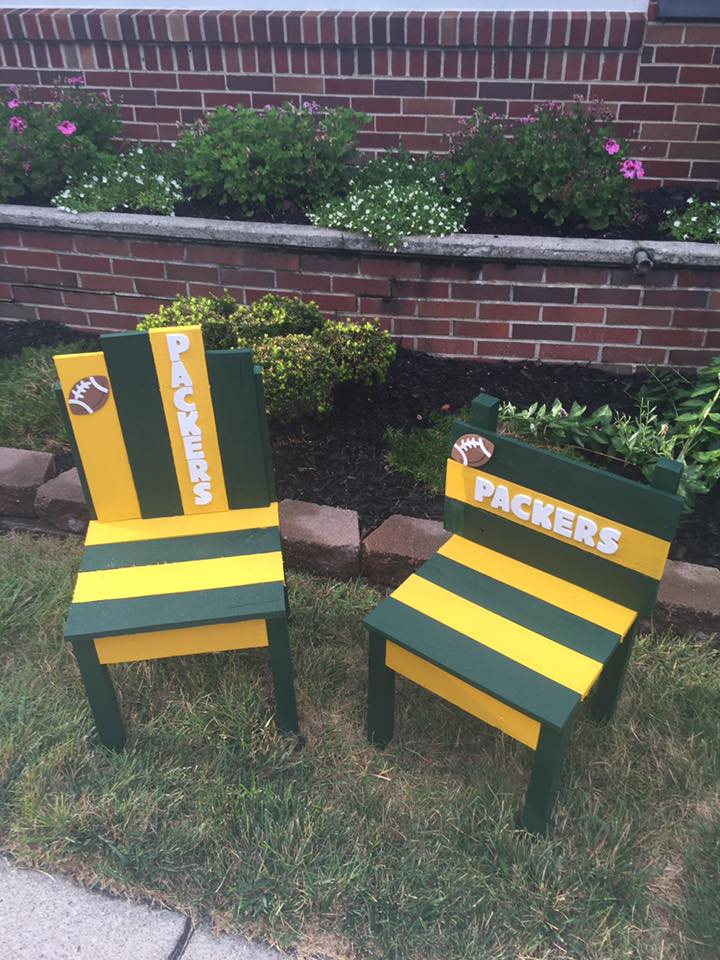 Wood Pallet Sports Team Chairs Pallet Furniture Projects