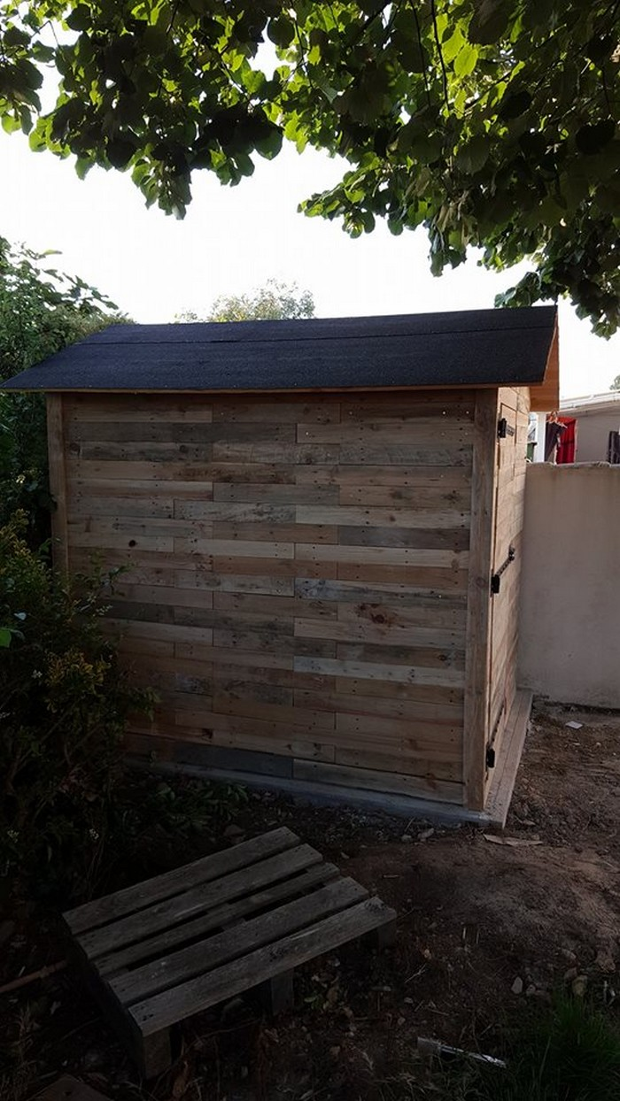 Recycled Pallet Patio Garden Cabin Pallet Furniture Projects