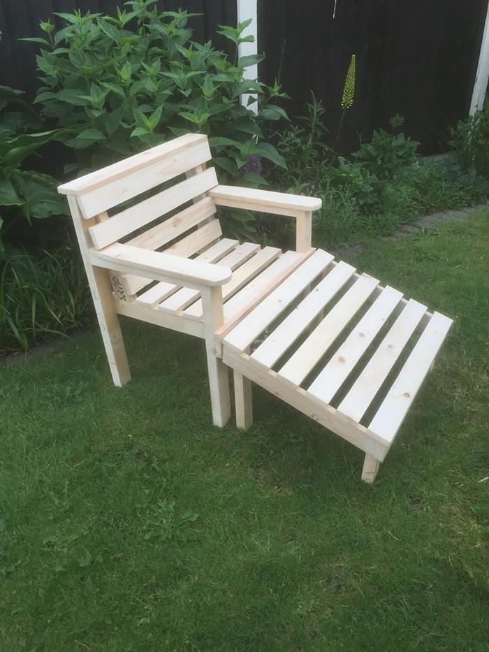 Pallet Made Garden Chair   Pallet Furniture Projects